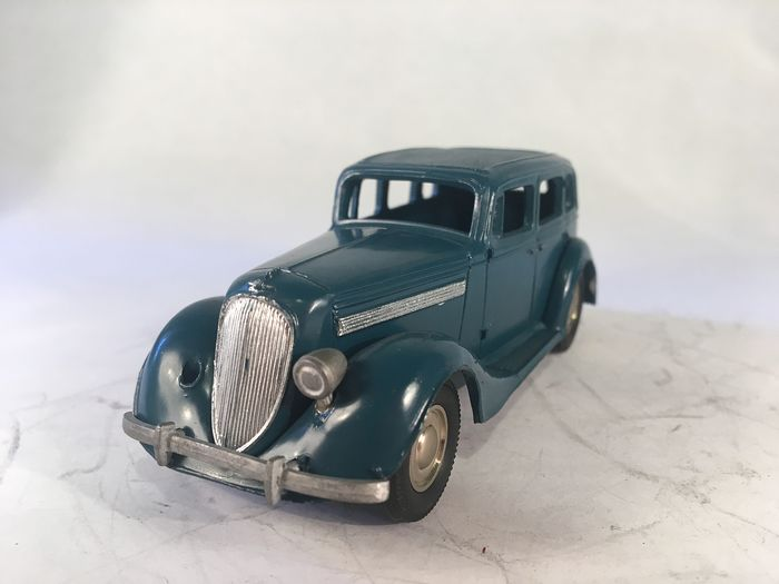 Reen Replica - 1:43 - 1937 Nissan - Made in Japan