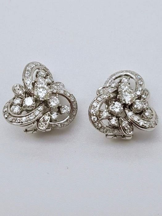 HRD Certificate - no reserve price - 18 kt. White gold - Earrings - 2.10 ct Diamond
