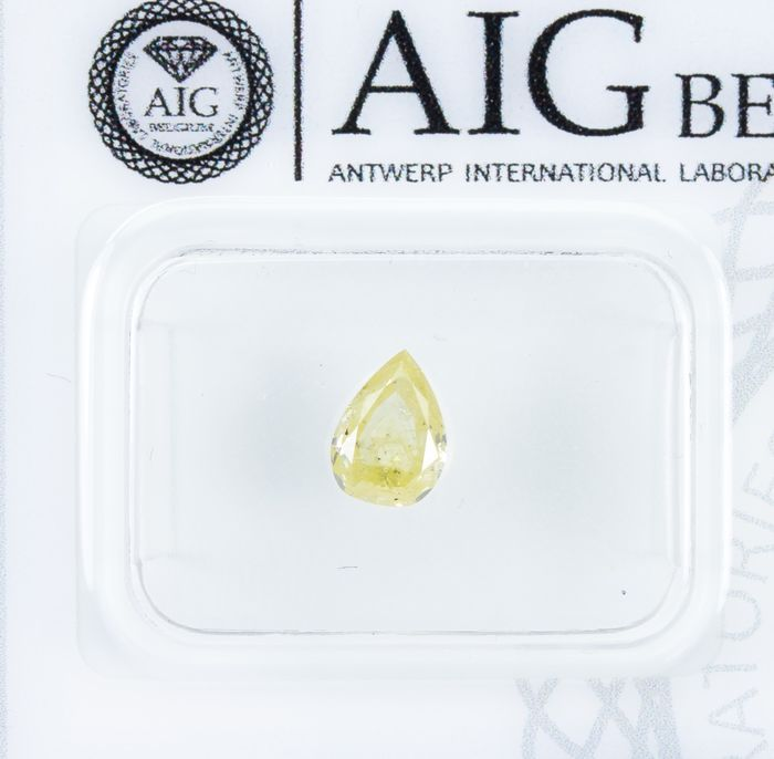 Diamond - 0.50 ct - Natural Fancy Yellow - I2  *NO RESERVE*