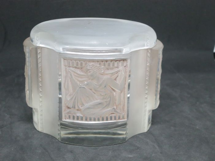 "René Lalique - Lalique - Powder Box ""Helene"" - Glass"