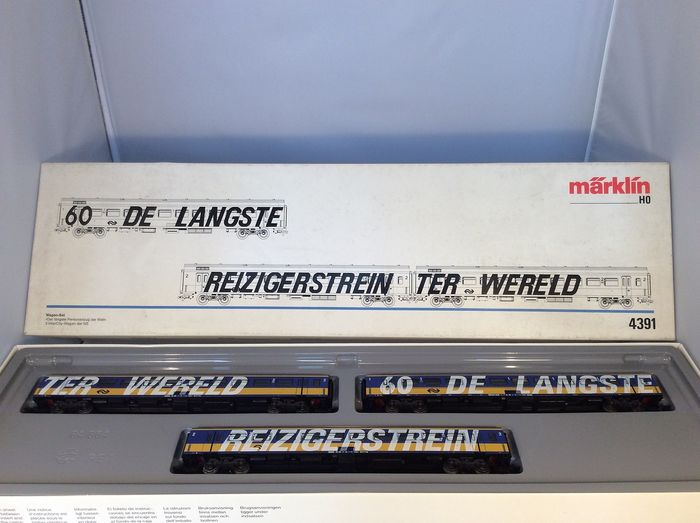 Märklin H0 - 4391 - Passenger carriage set - The longest travel train in the world by the Dutch Railways - (4836) - NS