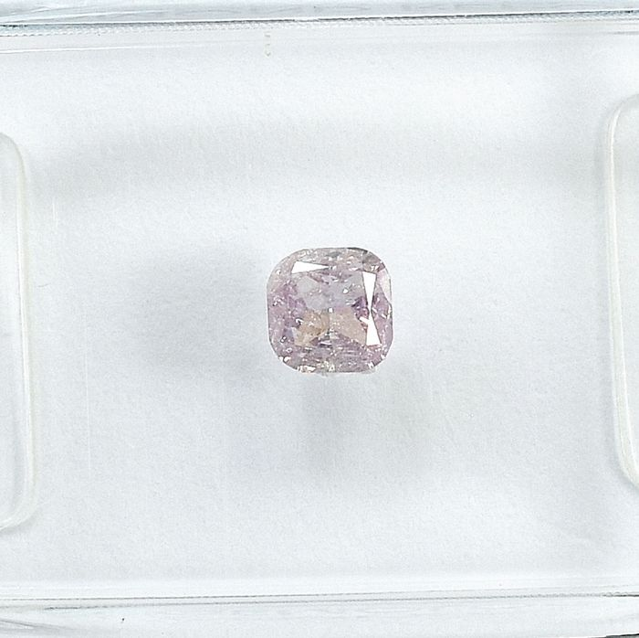 Diamond - 0.26 ct - Párna - Natural Fancy Light Pink - I1 - NO RESERVE PRICE