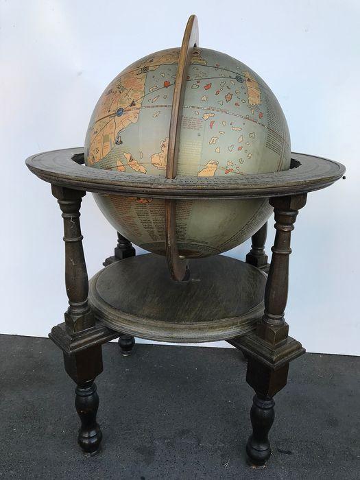 philip&son ,ltd.London  Flemmings Verlag Hamburg - earth globe (1) - Wood
