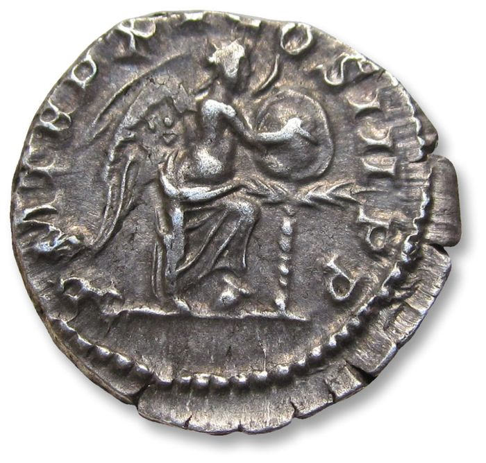 Roman Empire - AR denarius, Septimus / Septimius Severus. Rome mint 207 A.D. - P M TR P XV COS III P P, Victory right inscribing shield - Silver