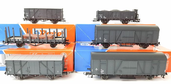 Roco H0 - 46006/46279/46651/46652/46487 - Freight carriage - Six gray freight wagons, partly with cargo - NS