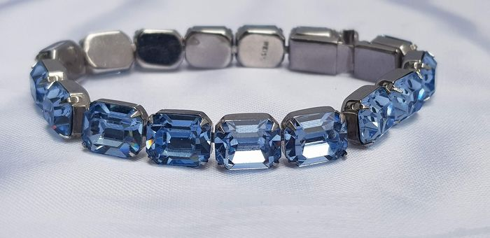 Albert Weiss aquamarine colored delicate bracelet - silver plated