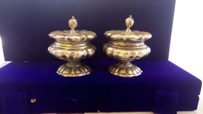 unusual pair of containers with lids - .800 silver - Italy - Early 20th century