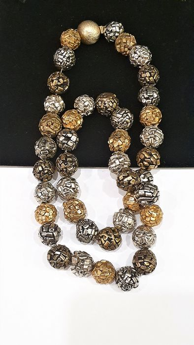 LES BERNARD Artisian Three-colour metal beads - Necklace