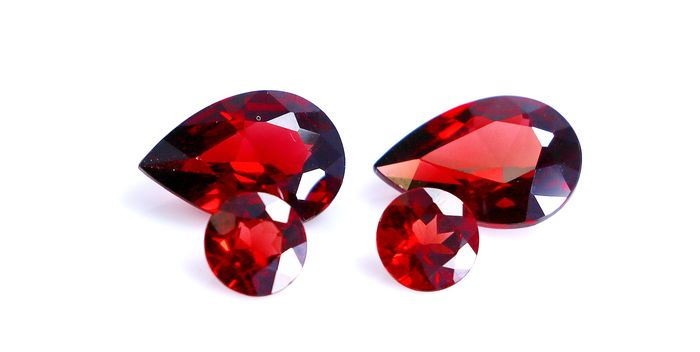 4 pcs Red Garnet - 8.30 ct