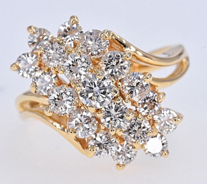 Yellow gold - Ring - 2.52 ct Diamond