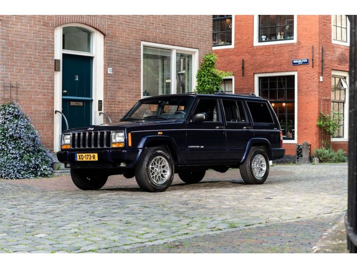 Jeep - Cherokee 4.0i Limited | Youngtimer - 1999