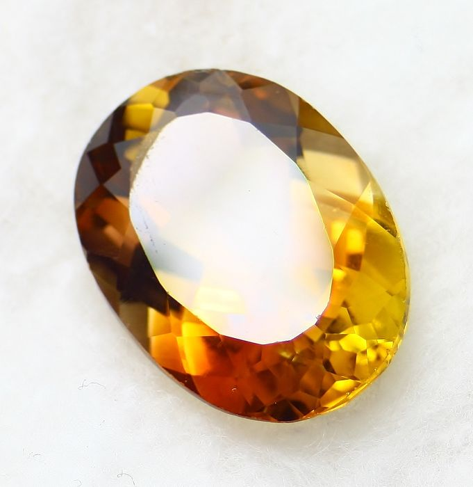 Topaz, No Reservation Price - 13.65 ct