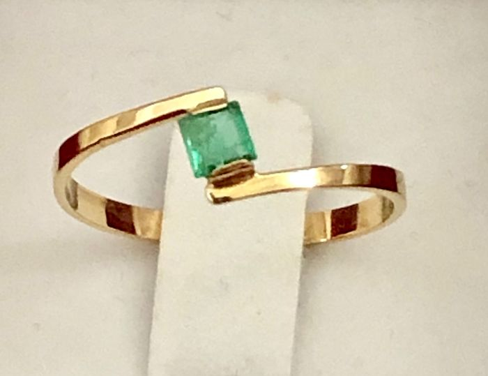 18 kt. Yellow gold - Ring - 0.24 ct Emerald
