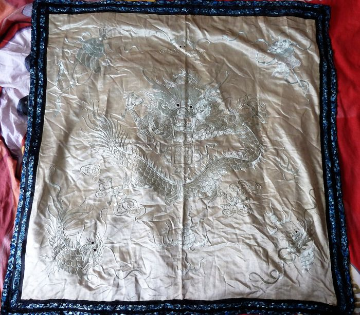 Large ancient Chinese Qing embroidery in silk embroidered by hand (1) - silk and cotton