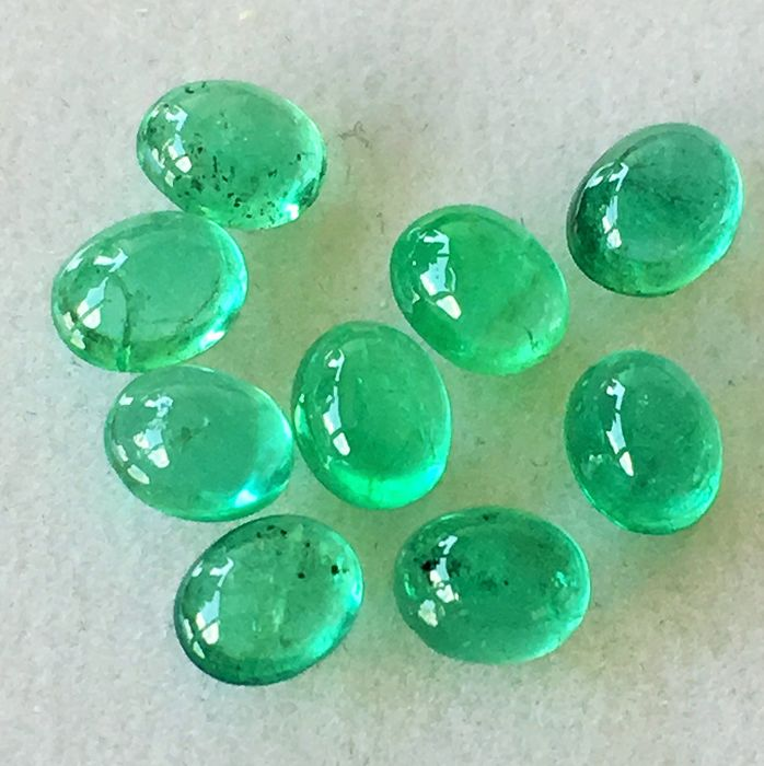 9 pcs Green Emerald - 3.98 ct