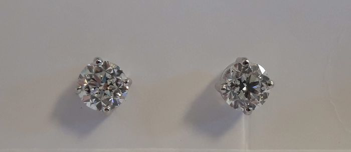 18 carats Or blanc - Boucles d'oreilles - 0.50 ct Diamant