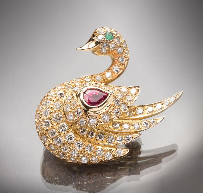 18 kt. Yellow gold - Brooch - 1.50 ct Diamond - Emerald, Ruby