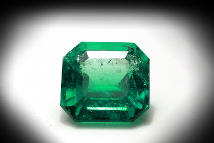 Emeraude Colombienne - 1.82 ct