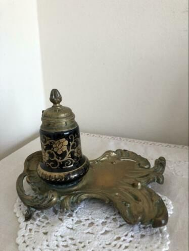 unknown - ink set - Antique Art Deco bronze ink set with emaille ink pot of 1