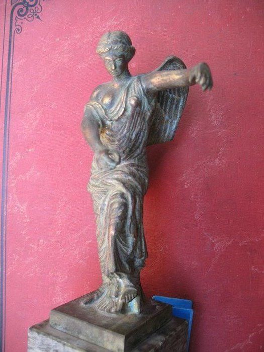 "Fonderia militare - Sculpture, ""Victory"" (1) - Neoclassical - Bronze - Early 20th century"