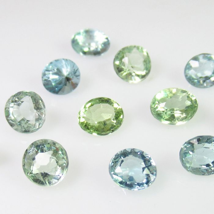 12 pcs  Aquamarine - 6.55 ct