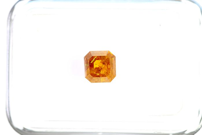 Diamond - 0.74 ct - Emerald - Deep Yellowish ORANGE - IGI Certificate