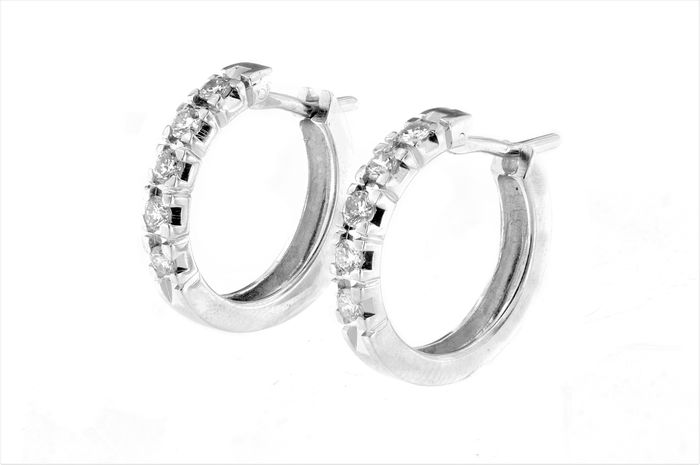 Made in Italy - 18 kt. White gold - Earrings - 0.40 ct Diamond