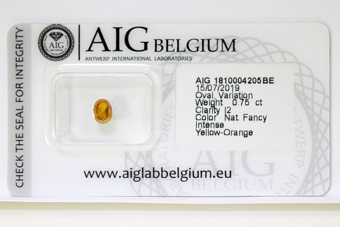 Diamant - 0.75 ct - Oval - INTENSE Yellow Orange - * NO RESERVE PRICE *