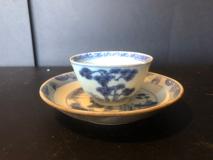 Cup and saucer - Blue and white - Porcelain - nanking Cargo - China - Qianlong (1736-1795)