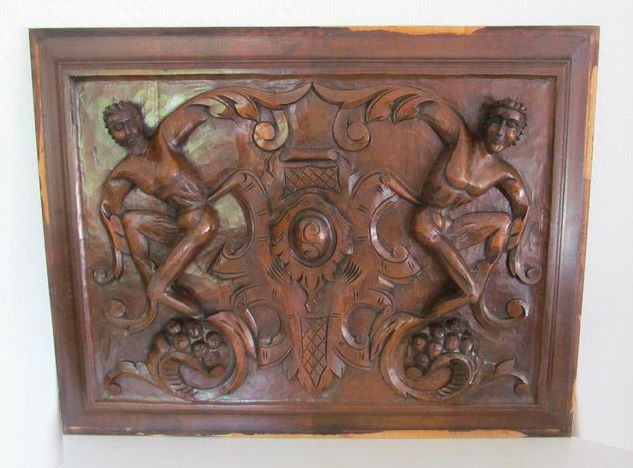 Wood carved panel. - Wood