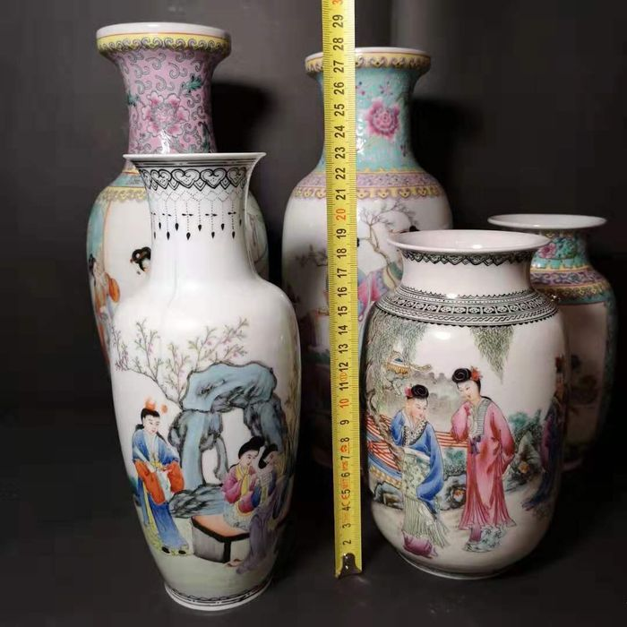Vase (5) - Porcelain - China - Second half 20th century