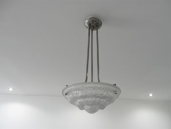 Degué - Suspension Chandelier Nickel-plated Art Deco molded glass pressed
