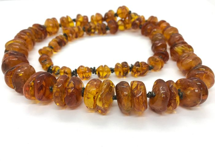 Antique Old Natural Baltic Amber with insects - Necklace
