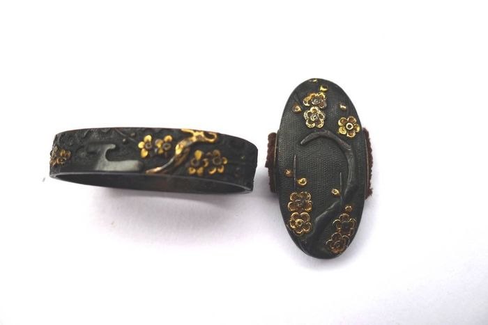 Japanese flower leaf motif shakudo fuchi kashira set  - Mix material - Japan - Early Edo period