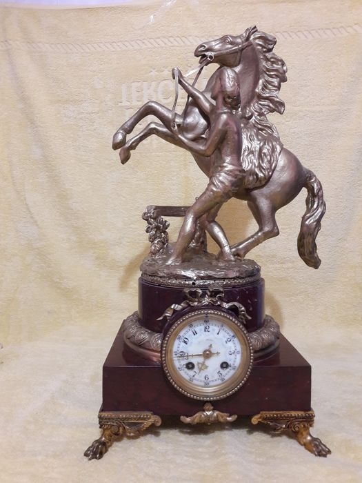 Mantel clock - Marble, Spelter - Late 20th century