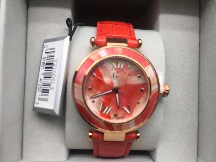 "GUESS COLLECTION - New GC Lady Belle ""NO RESERVE PRICE"" - Y20004L3 - Women - 2011-present"