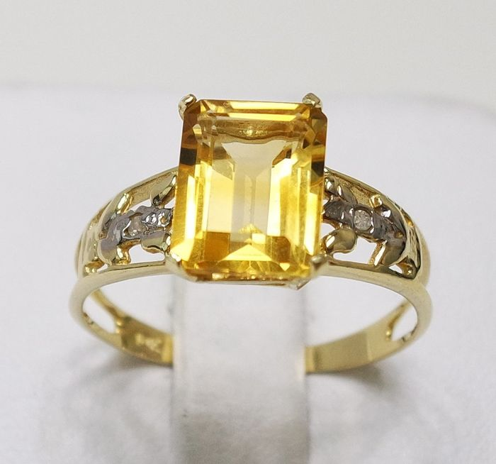 10 kt. Yellow gold - Ring - 2.10 ct Citrine - Diamond
