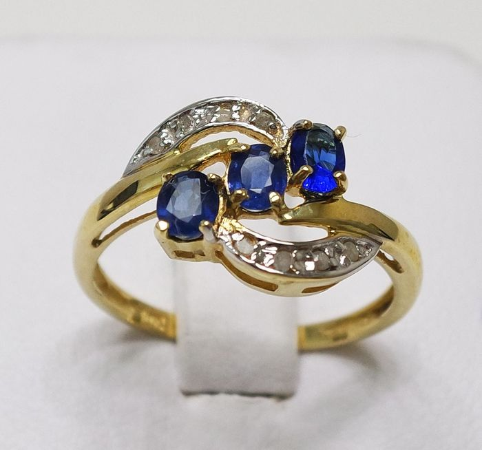 10 kt. Yellow gold - Ring - 0.80 ct Sapphire - Diamond