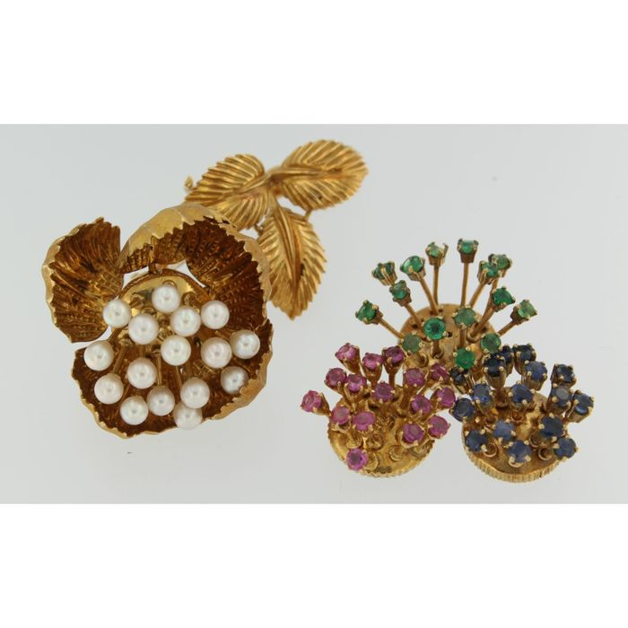 18 kt. Yellow gold - Brooch Sapphire - Emerald, Pearl, Ruby