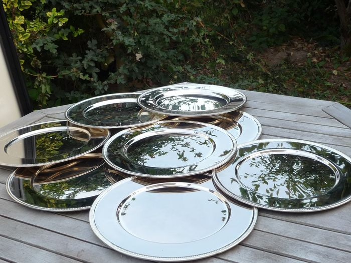 nice large silver plated bottom plates 3487 g (8) - Silverplate
