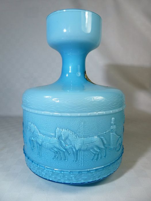 Empoli, Florence - Specially decorated opaline vase - opaline glass