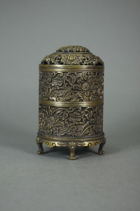 Incense burner - Bronze - China - Second half 20th century