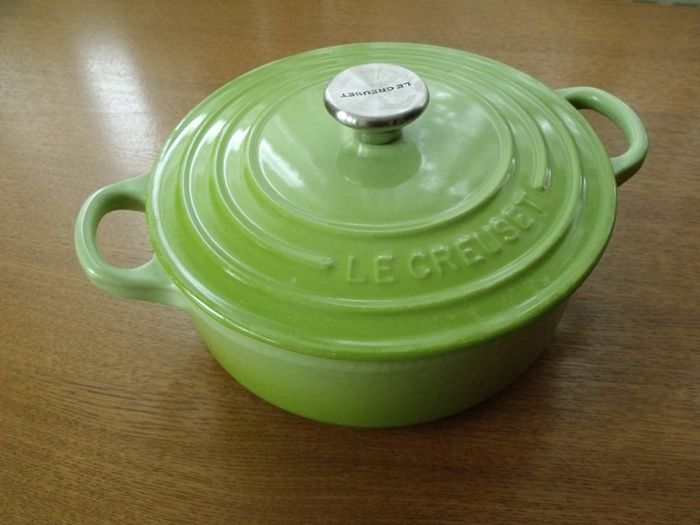 Le Creuset - low casserole 18 cms - color green - enamelled cast iron