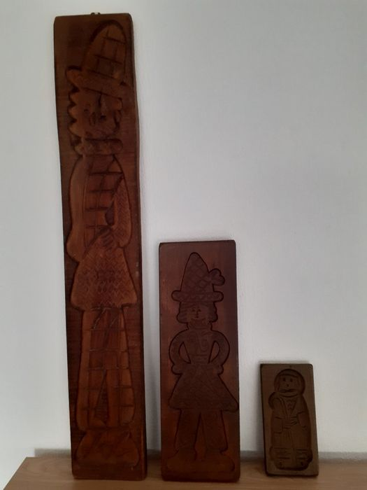 Handmade carved wooden (speculoos) cookie boards (3) - wood