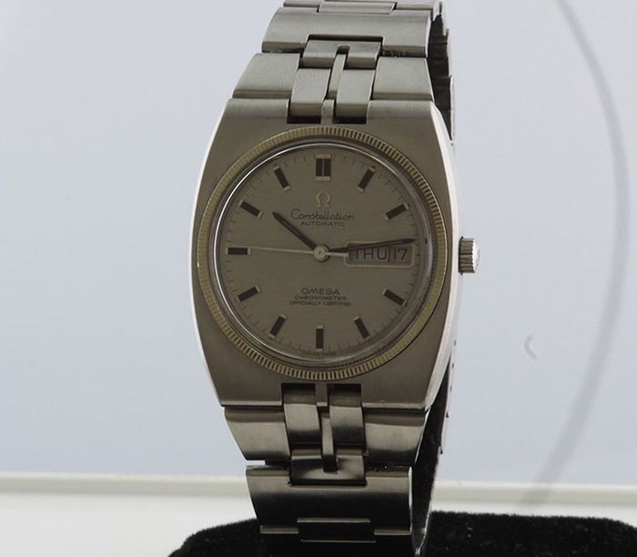 Omega - Constellation-Chronometer cal 751-Wit gouden bezel - Homme - 1970