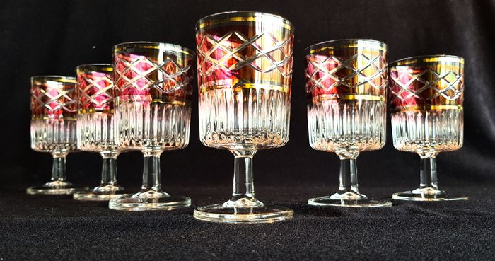 Set of two color crystal cut. (6) - Crystal