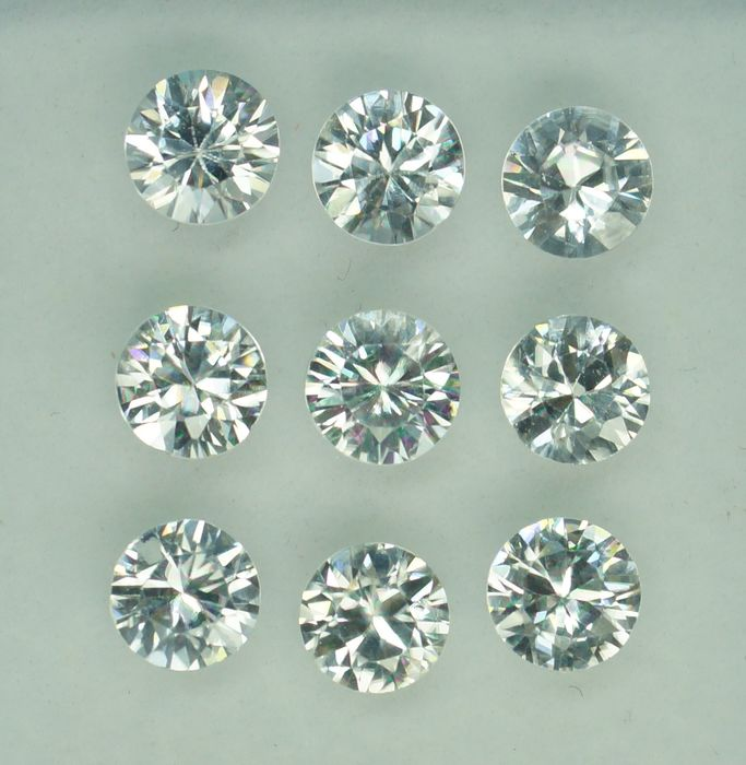9 pcs White Zircon - 8.31 ct