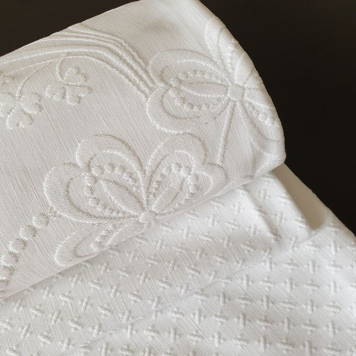 Brocade on the frame - Cotton