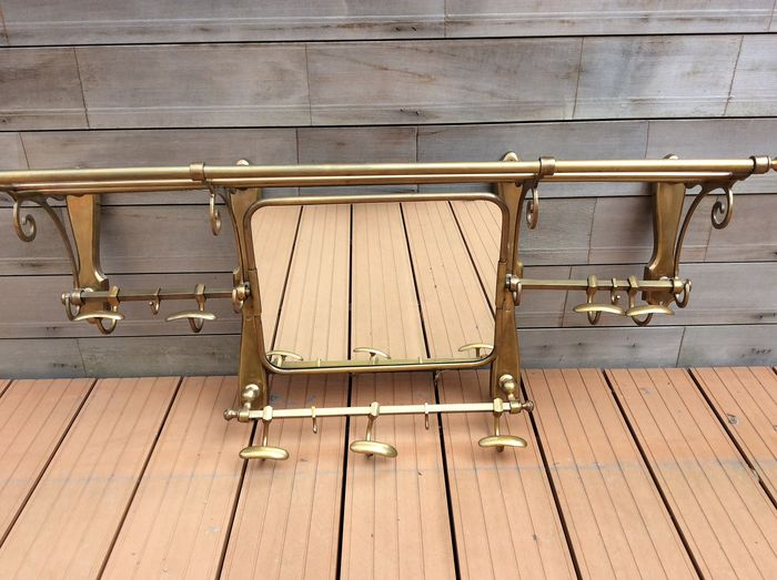 Coat rack with tilting mirror - Brass