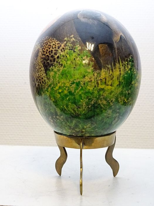 Signed Tiko  - Printed ostrich egg with Big Five theme - Ostrich egg, brass base